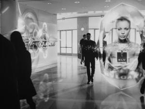 Publicité en réalité augmentée personnalisée dans le film Minority Report